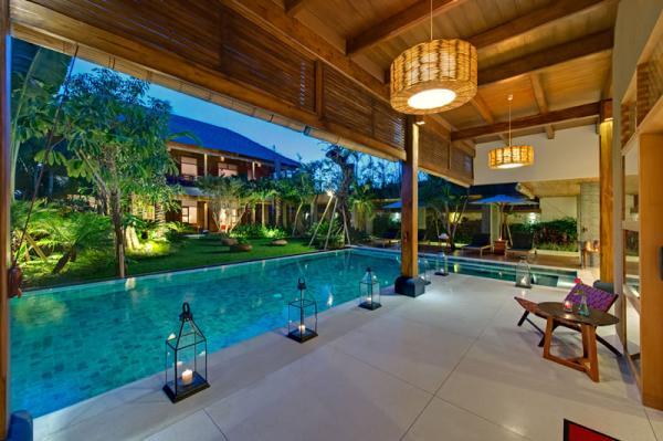 kinara-terrace-outside-living-room