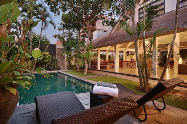 Villa Bali - Villa Rozpoz afternoon